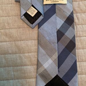 Burberry tie 60/40 linen and silk